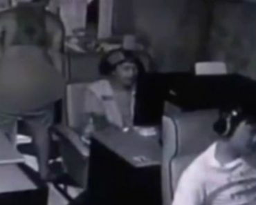 VIDEO: Cafe Owner Successfully Empties His Shop by Farting