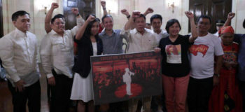 Rallying Leftists Shocked after PSG 'Picks Up' Leaders for Dialogue with Duterte