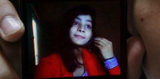 pakistani-mom-burns-daughter