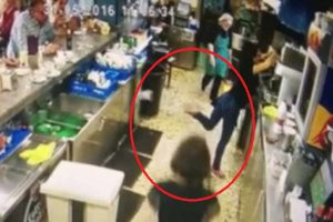 This Waitress's Epic Reflexes are So Amazing She Couldn't Believe It Happened!