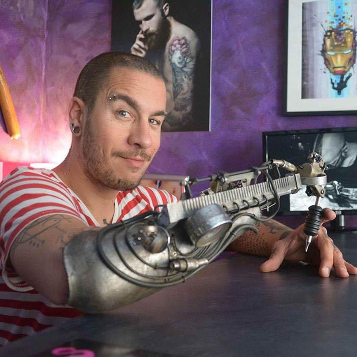 tattoo artist prosthethic arm 3