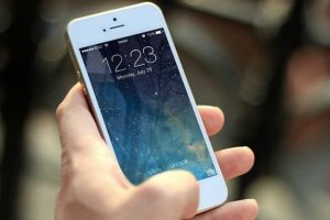 Texting Changes the Rhythm of Your Brain, New Study Claims