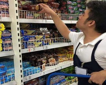 Supermarket Gains Praise for Hiring Persons with Autism