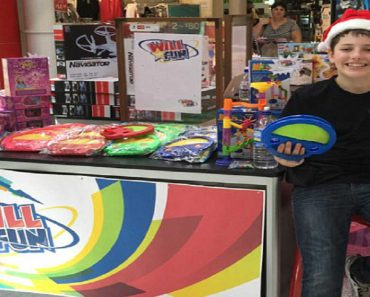 14-Year-Old Boy Earns $10K by Reselling Toys He Bought from Trip to China