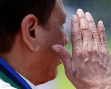 VIDEO: Here's the Surprising Reason Why Duterte Has a Tattoo on His Hand