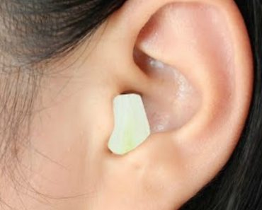 Watch What Happens If You Put Garlic in Your Ear