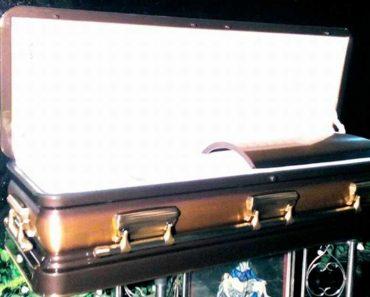 PHOTO: Casket for Marcos' Burial Arrives at Batac, Ilocos Norte