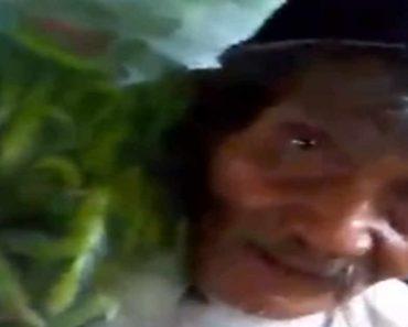 88-Year-Old Market Porter Goes Viral