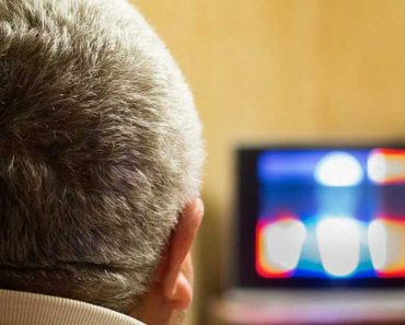 Watching Too Much TV Reduces a Man's Sperm Count