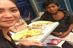 Pretty Lady Goes Viral for 'Going on a Date' with Streetkid