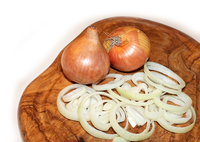 unexpected-uses-onion