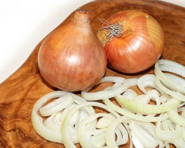 10 Unexpected Uses of Onion