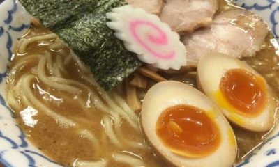 finger-in-ramen-2_opt
