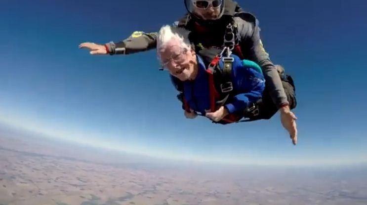 skydiving-grandmother-2