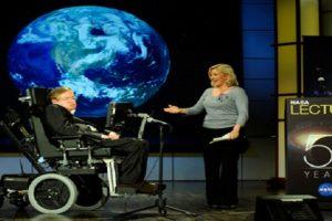 Stephen Hawking Puts 'Expiry Date' on Humanity