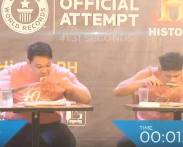 At 23.62 Sec, This Filipino Guy Is The World's Fastest 12-Inch Pizza Eater
