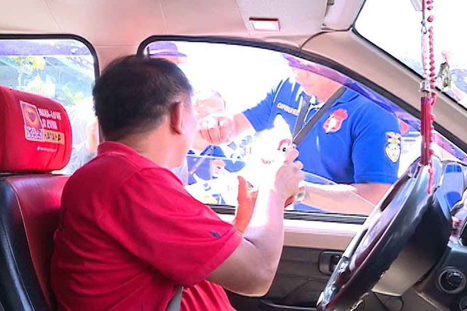 baguio-motorist-free-meal-seat-belt