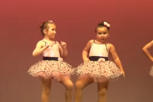 Adorable 3-Year-Old Girl's Performance Draws Laughter from the Audience