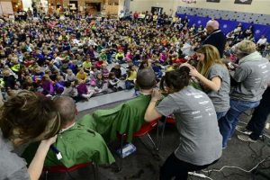 80 Students Shave Heads to Support Schoolmate with Cancer
