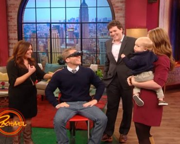 'Magic' Glasses Help Man See His Family for the First Time