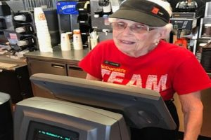 94-Year-Old McDonald's Employee has No Plans to Retire Soon