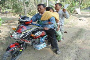 Man Runs Free Motorcycle 'Ambulance' for Poor People