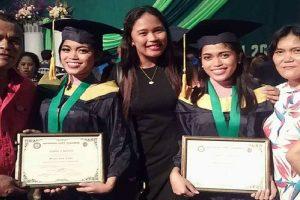 Twins Both Graduate Magna Cum Laude in the Philippines