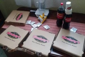 Netizens Angry at Girl Who Bragged about Getting Late Pizzas for Free from Shakey's