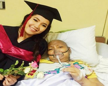 Graduate Sneaks Out in Rented Toga to Show it to Terminally Ill Mother