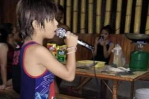 Kid with Awesome Voice Goes Viral after Joining Videoke Party