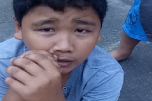 13-Year-Old Vendor Cries after a Man Steals His Whole Day Earnings
