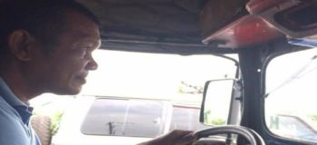 Jeepney Driver Who Doesn't Know How to Count, Offers Free Rides to Students