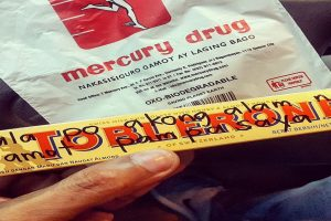 Guy Whose Dad Died Receives Heartwarming Present from Mercury Drug Staff