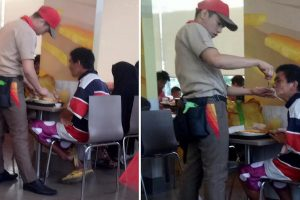 Jollibee Service Crew Helps Fatigued Old Man, Spoon-Feeds the Tired Customer
