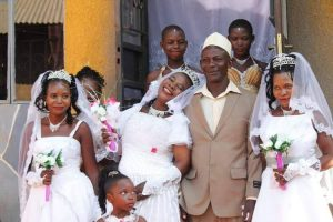 Muslim Man Weds Three Ladies at the Same Time, Says He Can't Afford Separate Weddings