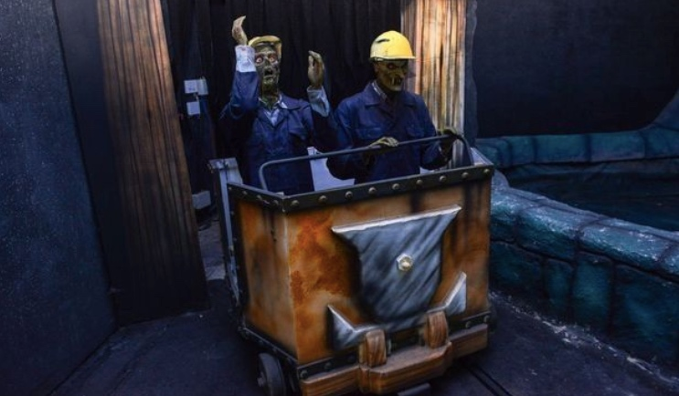 The theme park's former horror train. [Image Credit: The Latest Society News / Youtube]