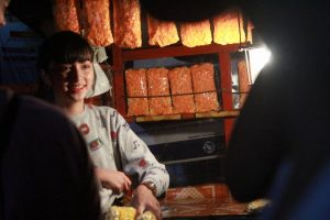 Gorgeous Popcorn Vendor from Pampanga Goes Viral