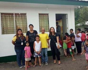 Ice Cream Vendor Receives Promised House and Lot from Manny Pacquiao