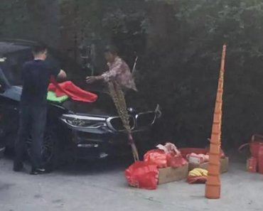 Chinese Driver Burns Incense in Front of New Car, Ends Up Burning the Vehicle