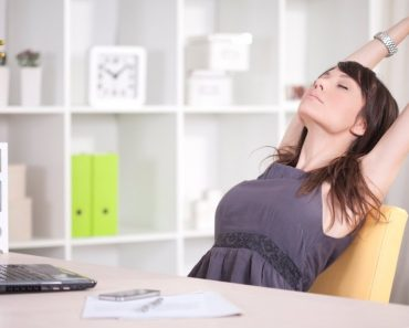 5 Tips to Stay Healthy at the Workplace
