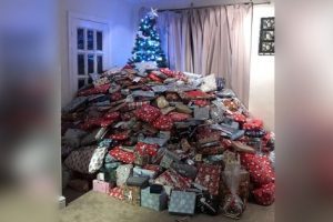 Mom Posts Photo of Christmas Tree, Called 'Selfish' for Having Too Many Gifts