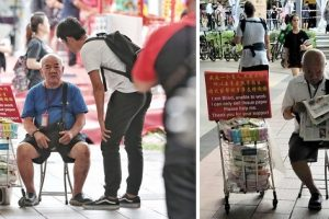 Blind Old Man Reads Newspaper, Gets Accused of Being a Scammer