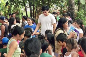 Lawyer Graduates from Harvard, Provides Free Law Service to Poor Folks in Rizal