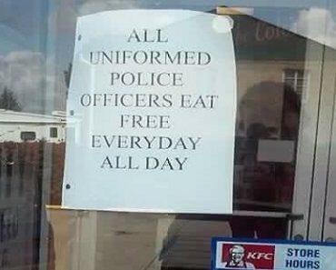 KFC Puts Up Sign for Cops to Get Free Food, Receives Mixed Reactions from Angry Netizens