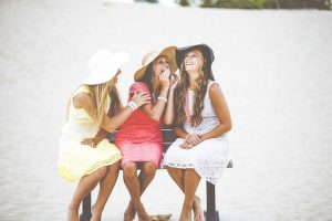 Study: Women Should Go Out with Girlfriends at Least Twice a Week for Better Health