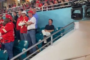 Man Sleeps at Super Bowl Despite Tickets Being Sold for $6,414