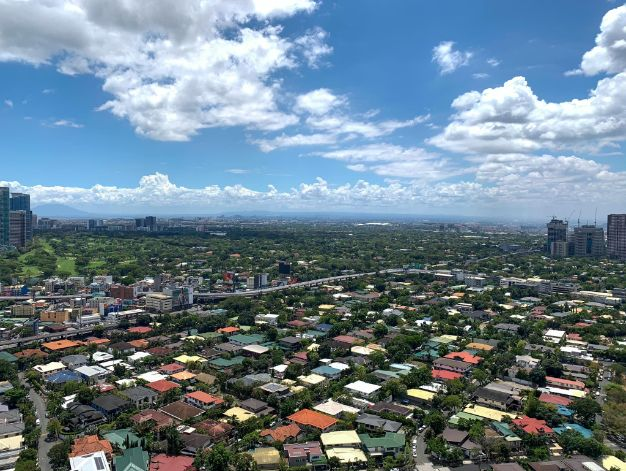 Clear skies over Metro Manila