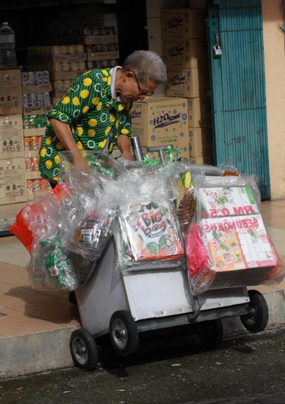 vendor refusing food packs and donations