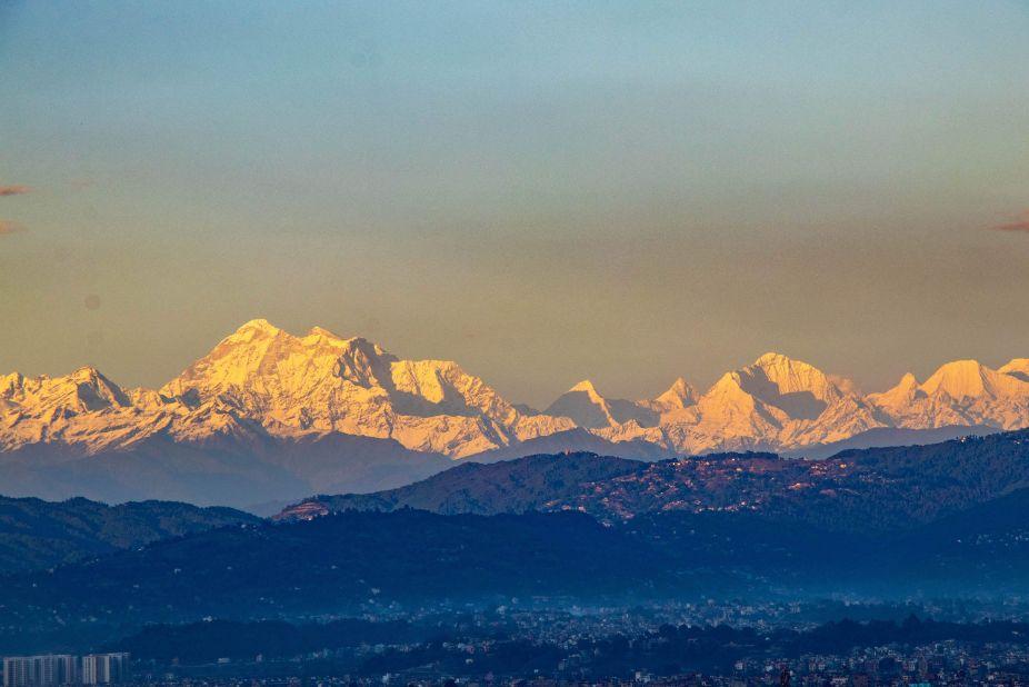 Everest seen from Kathmandu