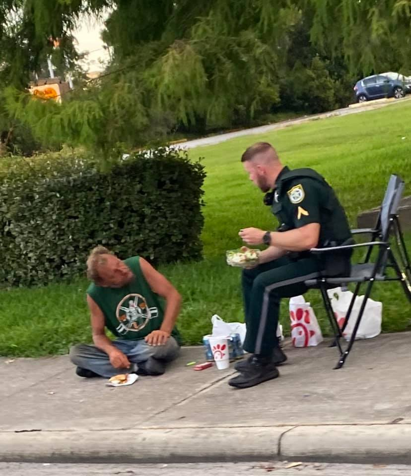 deputy dinner with homeless man